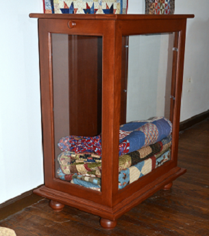 quilt display cabinet | dwr custom woodworking